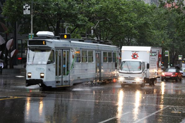 Z3.118 in the rain at the corner of William / Bourke Street