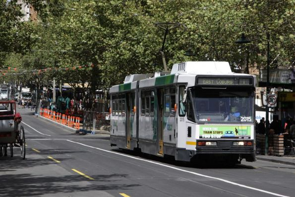 B2.2015 heads north on Swanston at Lonsdale Street