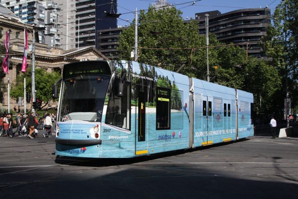 D1.3517 advertising 'Malaysia Airlines' northbound at Swanston and La Trobe Streets