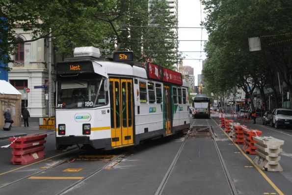 Z3.180 wobbles over the temporary turnout at Elizabeth and La Trobe Streets