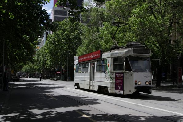 Z1.30 southbound at Swanston and Little Collins Streets