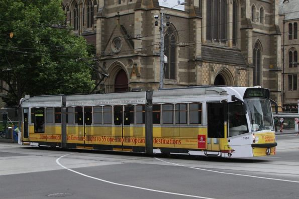 D1.3505 advertising 'Emirates' southbound at Flinders and Swanston Streets