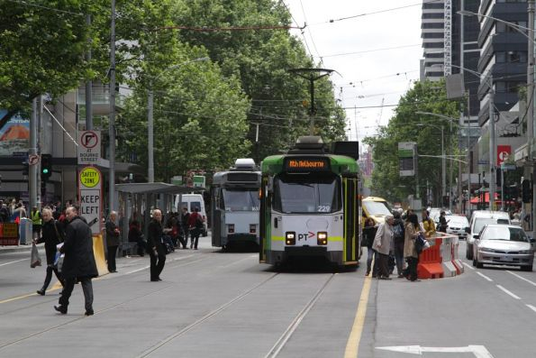Southbound Z3.229 stops at the temporary Bourke and Elizabeth Street tram stop