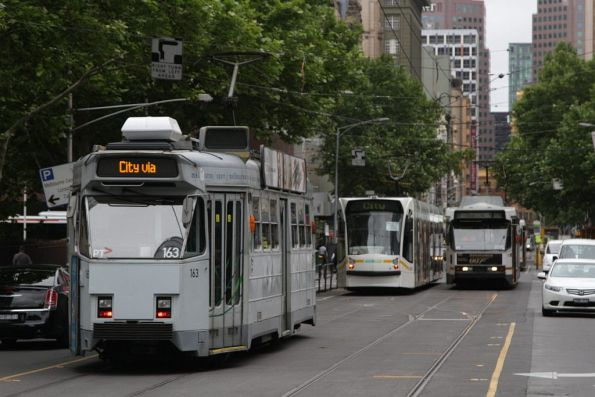 Three kinds of tram on Elizabeth Street: Z3, D2 and B2