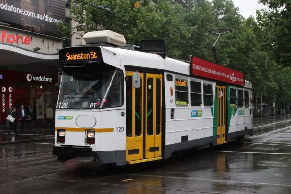 Z3.128 northbound at Swanston and Bourke Streets