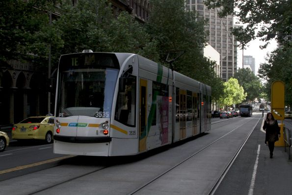 D1.3535 heads west at Collins and William Street on a test run