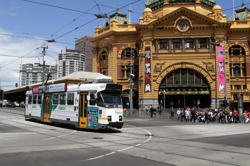 Z3.202 headed north on Swanston and Flinders Street