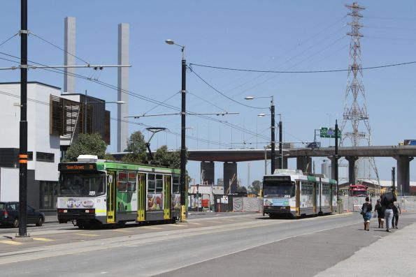 A2.273 and B2.2065 in the terminating roads at the Waterfront City terminus