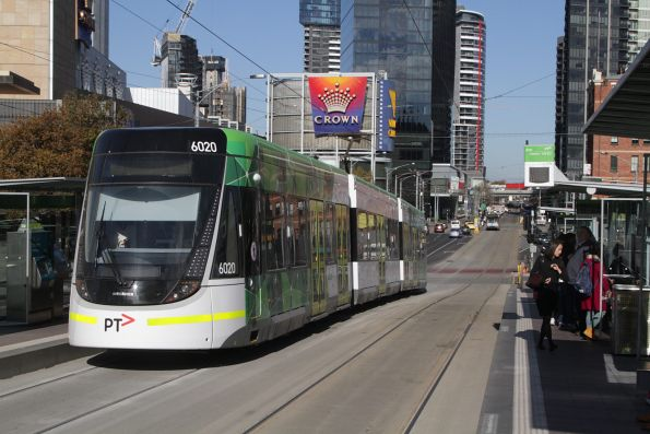 E.6020 heads south along Clarendon Street on route 96 at Crown Casino