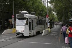Z1.34 southbound on route 5 at Swanston and Bourke Street