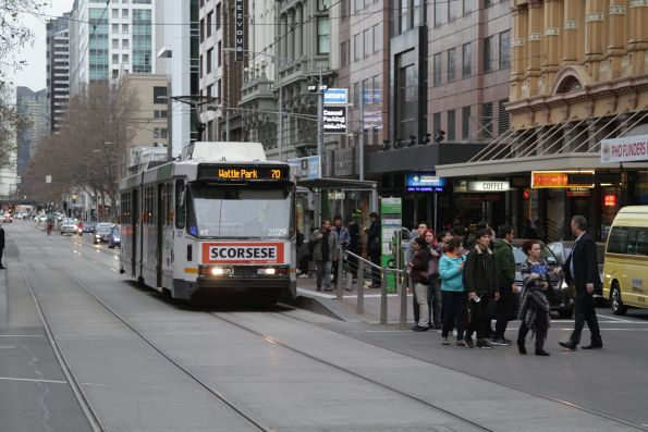 B2.2029 heads east on route 70 at Flinders and Elizabeth Streets