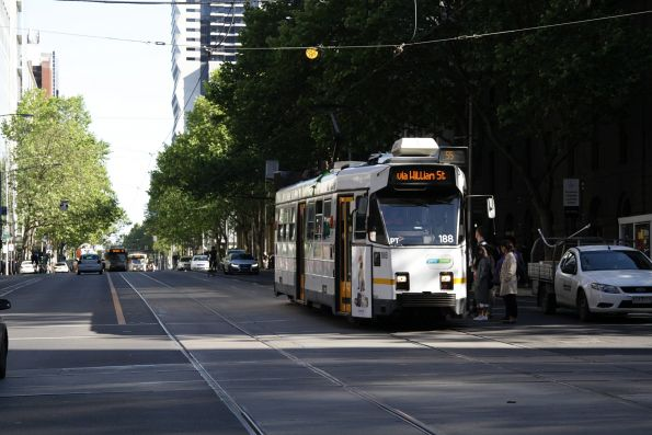 Z3.188 heads south on route 55 at William and Bourke Streets