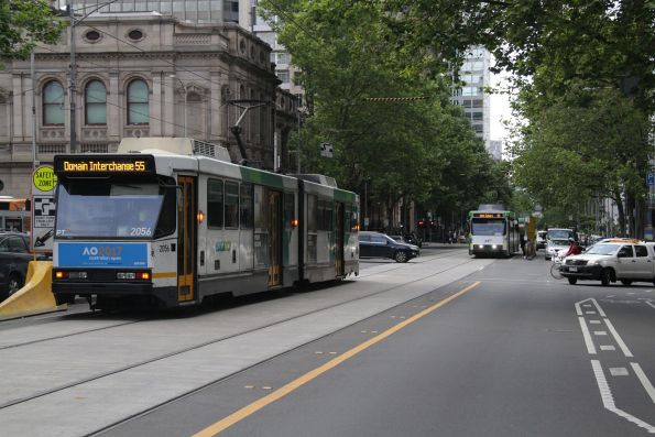 B2.2056 and B2.2034 cross paths at William and Lonsdale Street