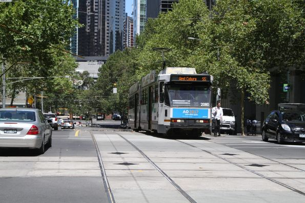 B2.2080 heads north on route 55 at William and Collins Street