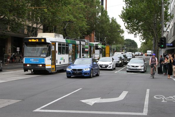 B2.2030 heads south on route 55 at William and Lonsdale Street