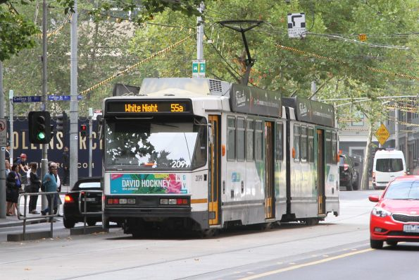 B2.2099 southbound on a route 55a service at William and Collins Street