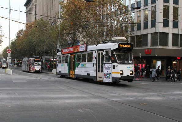 Z3.147 heads north on route 6 at Swanston and Collins Street