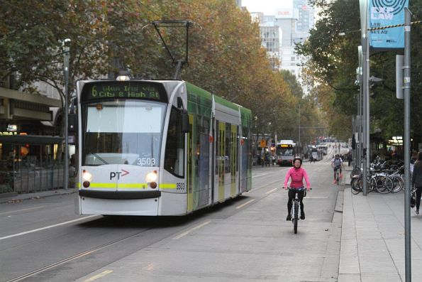 D1.3503 heads south on route 6 at Swanston and Collins Street