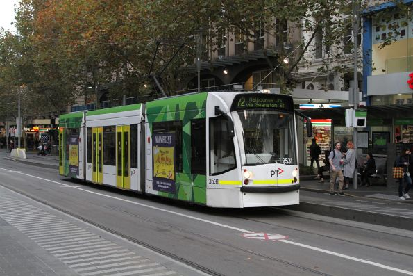 D1.3531 heads north on route 72 at Swanston and Collins Street