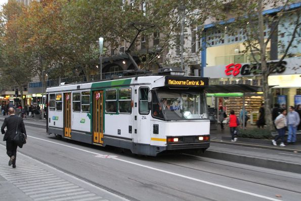 A1.254 heads north on route 3a at Swanston and Collins Street