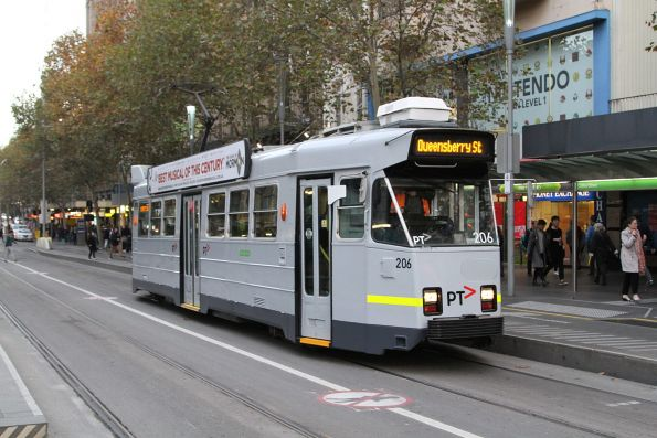 Z3.206 in hybrid YT Mk3 / PTV livery heads north on route 67a at Swanston and Collins Street
