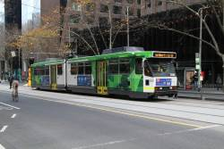 B2.2020 heads north on  route 58 at William and Bourke Street