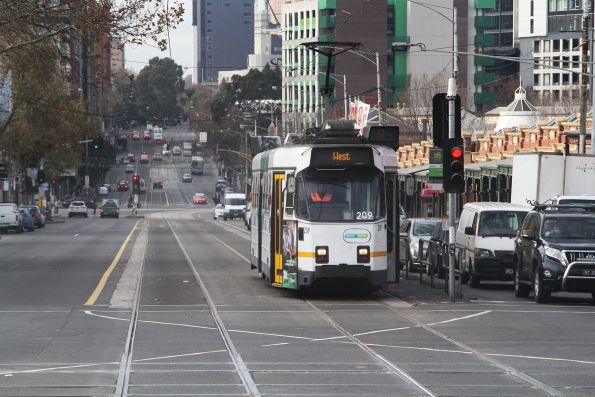 Z3.209 heads west on route 57 at Victoria and Peel Street