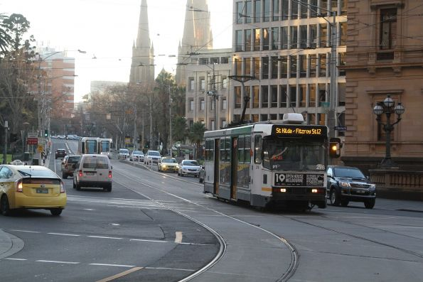 A2.298 heads west on route 12 at Macarthur and Spring Street