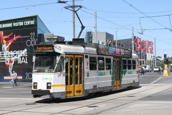 Z3.215 heads south on route 3 at Swanston and Flinders Street