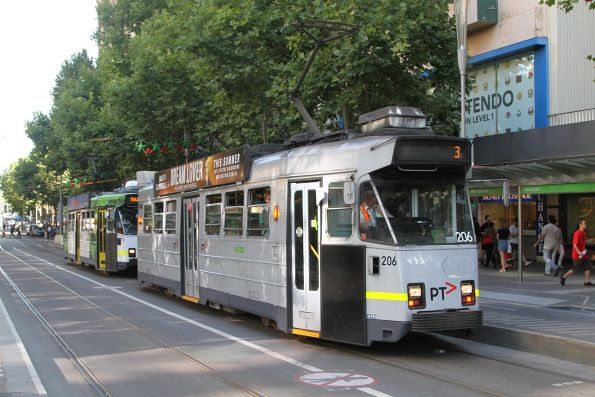 Z3.206 heads north on route 3 at Swanston and Collins Street