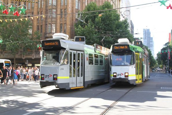 Z3.206 on route 3 passes Z3.171 on route 6 at Swanston and Collins Street