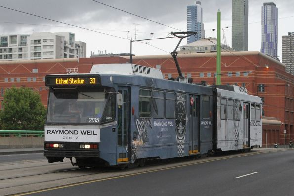 B2.2015 advertising 'Raymond Weil' heads west on route 30 over the La Trobe Street bridge