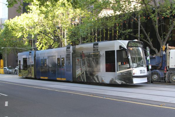D1.3529 advertising 'New Zealand' heads north on route 58 at William and Bourke Street