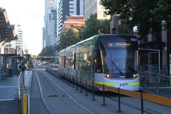 E2.6061 heads south on route 96 at Spencer and Collins Street
