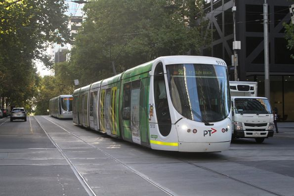 C2.5113 heads west on route 96 at Bourke and William Street