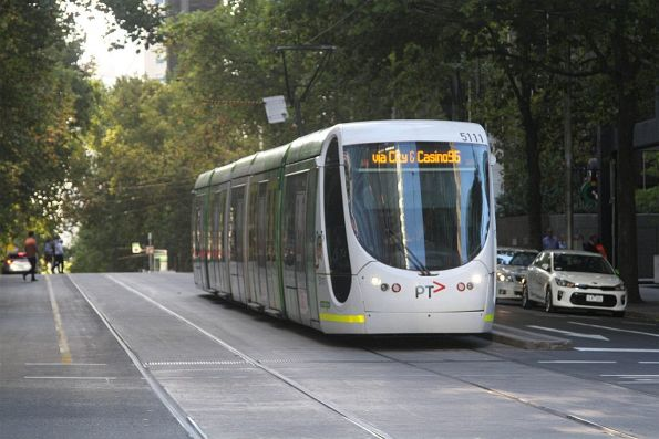 C2.5111 heads west on route 96 at Bourke and William Street