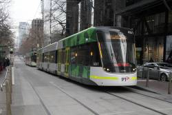 E2.6061 heads east on route 96 at Bourke and William Street
