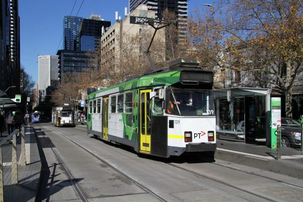 Z3.139 heads north on a driver training run at Elizabeth and Victoria Street