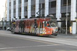 Z3.136 advertising 'Night Network' heads north on route 58 at William and Little Collins Street
