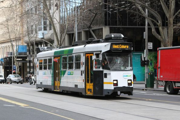 Z3.209 heads north on route 58 at William and Little Collins Street