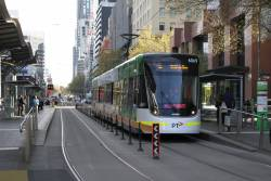 E2.6069 heads south on route 96 outside Southern Cross Station