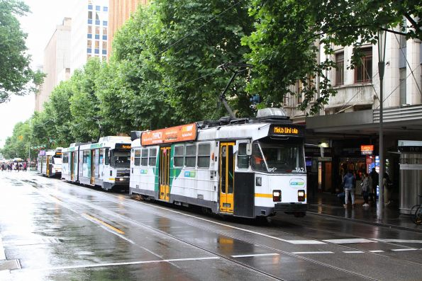 Z3.162 heads north at Swanston and Little Collins Street