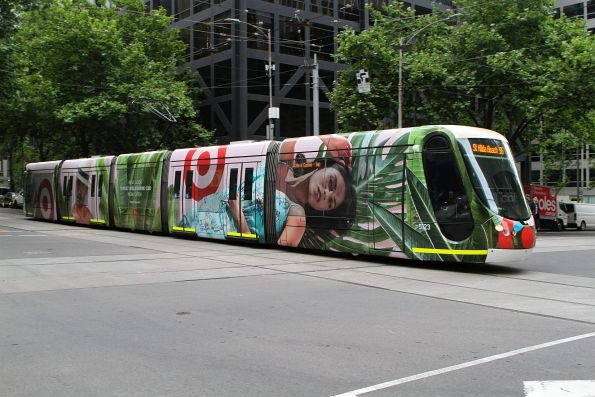 C2.5123 advertising 'Target' heads west on route 96 at Bourke and William Street
