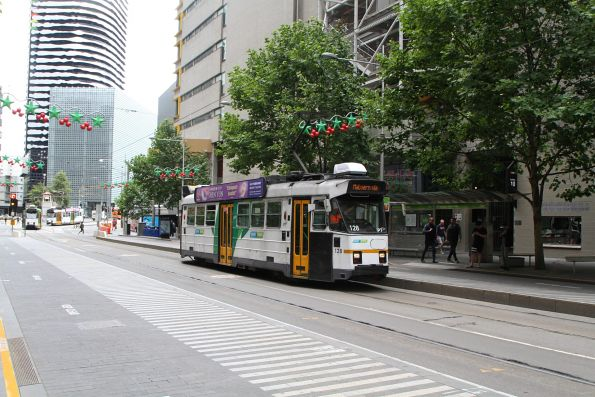 Z3.128 heads south on route 5 at Swanston and A'Beckett Street