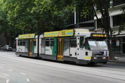 B2.2058 heads west on route 86 at Bourke and King Street