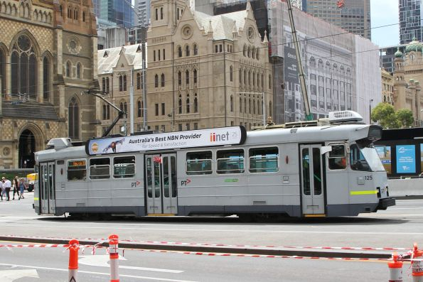 Z3.125 on route 16 at Swanston and Flinders Street