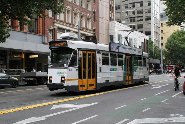 Z3.181 heads south on route 57 at Elizabeth Street and Flinders Lane