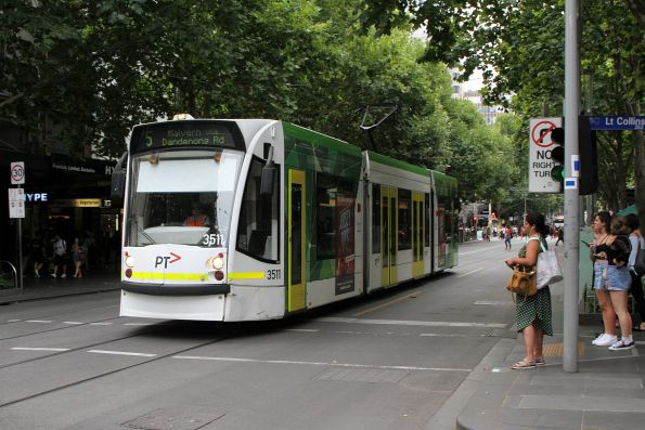 D1.3511 heads south on route 5 at Swanston and Little Collins Street