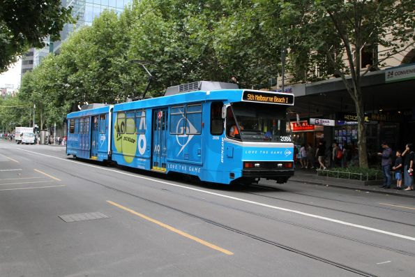 B2.2006 advertising 'Dunlop' heads south on route 1 at Swanston and Little Bourke Street
