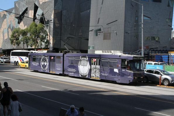 B2.2029 advertising 'Bremont' heads west on route 75 at Flinders and Swanston Street